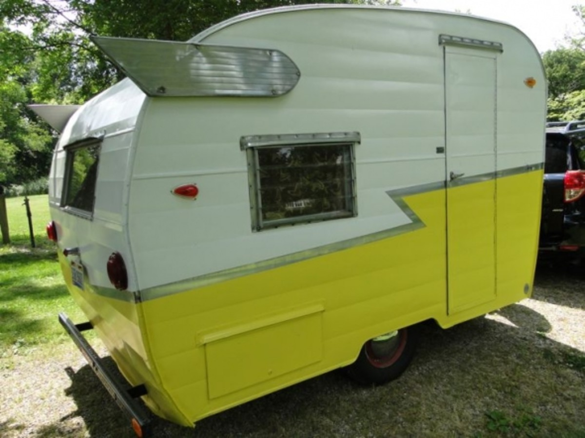 A Photo Tour of the Vintage Shasta Compact Travel Trailer AxleAddict