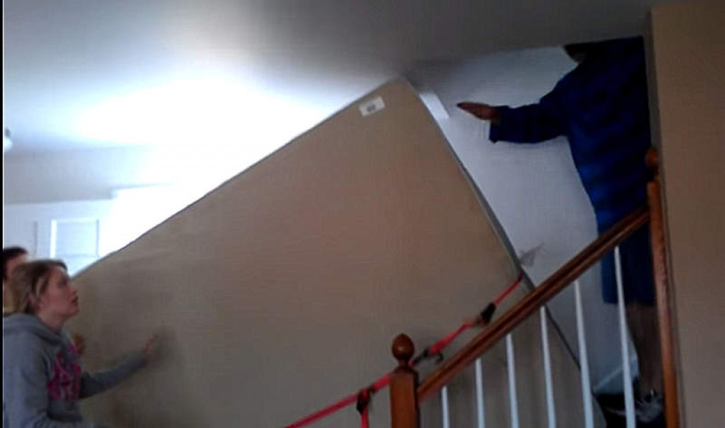 How To Get A Large Mattress And Box Spring To An Upstairs