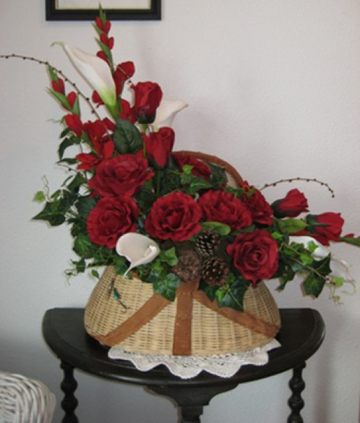 Flower Arrangements for Gifts and Home Décor HubPages - silk arrangements for home decor