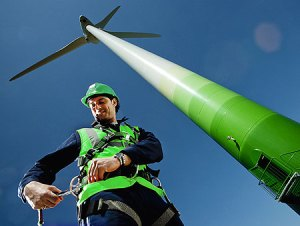 The average wind farm supports 1,100 wind jobs. Image from Wind-Energy-Jobs.com.
