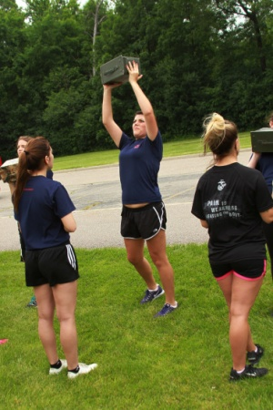 Future female Marines tackle Marine Corps lifestyle