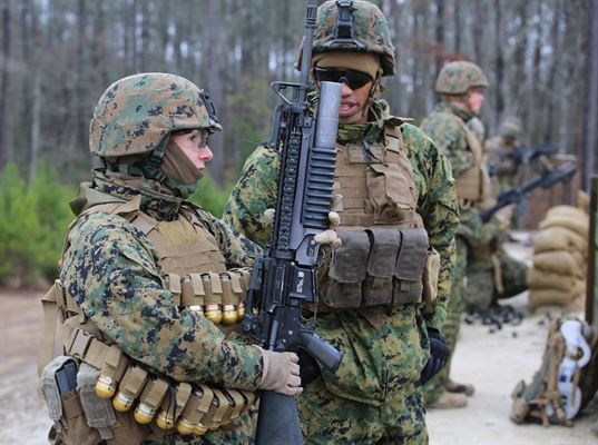 marine corp machine gunner 3slufsluidsprekers