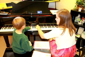 piano tutor post
