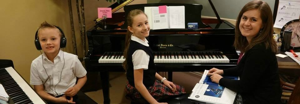 Honors Division Piano Academy – Piano Competitions and More!