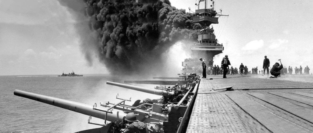 USS Yorktown shortly after being hit by Japanese bombs on June 4, 1942 during the Battle of Midway I Photos: U.S. Navy