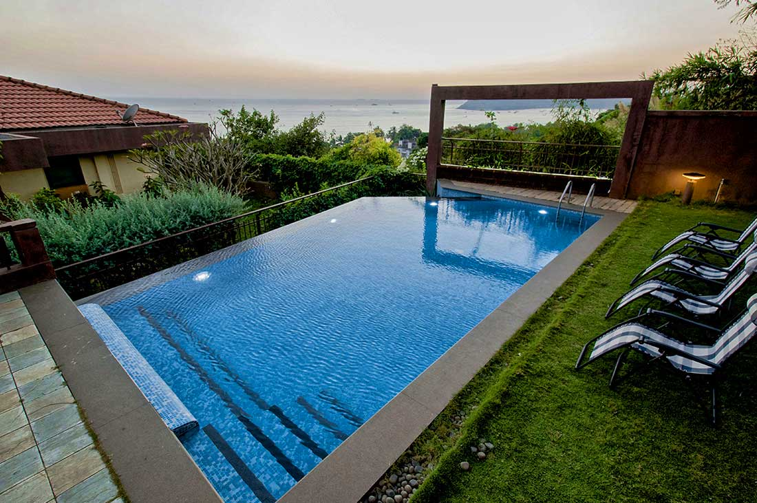 Jacuzzi Pool India India Villa Vacation Rentals Luxury Villa With Private Pull And Jacuzzi In North Goa