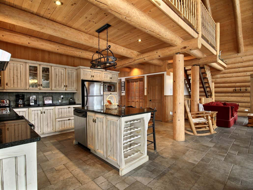 Cuisine Chalet Bois Quebec Holiday Cottage Rentals Is On The Lake Loup Cervier