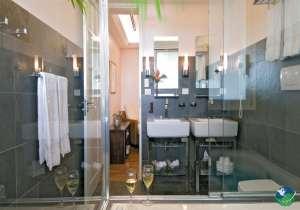 Gaia Hotel Manuel Antonio Bathroom