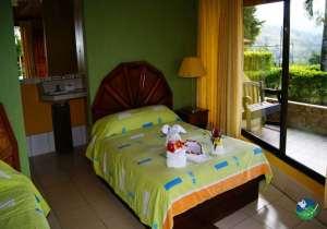 Hotel Linda Vista Bedroom