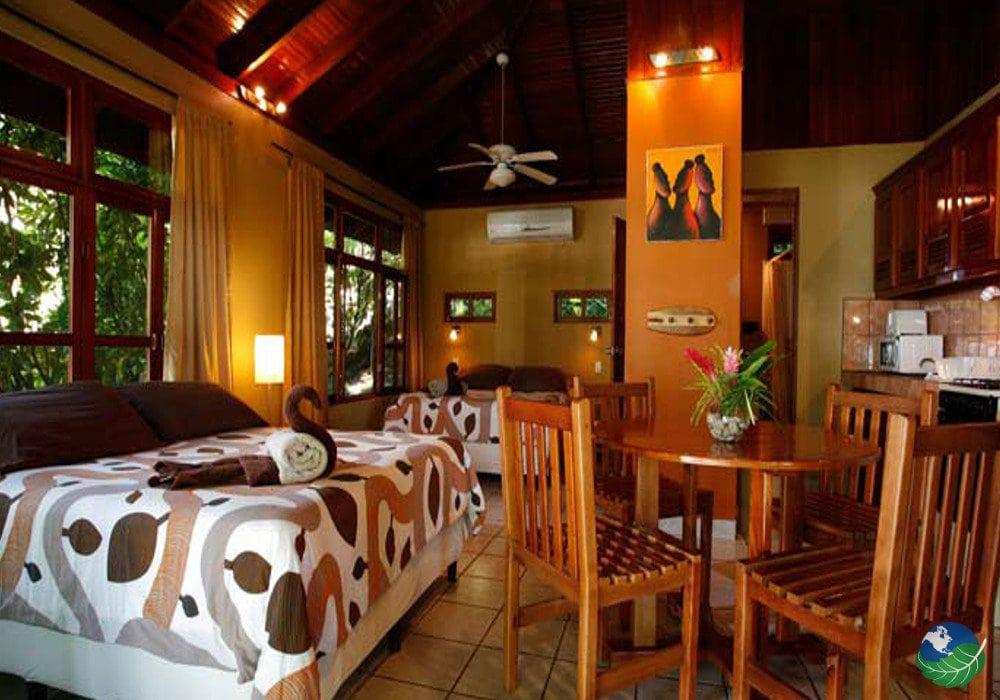 Costa Paraiso Dominical Bedroom