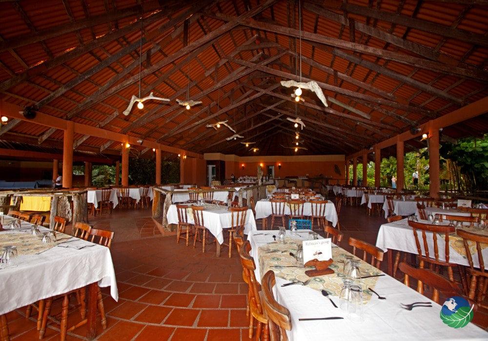 Hotel Laguna Lodge Inside The Restaurant