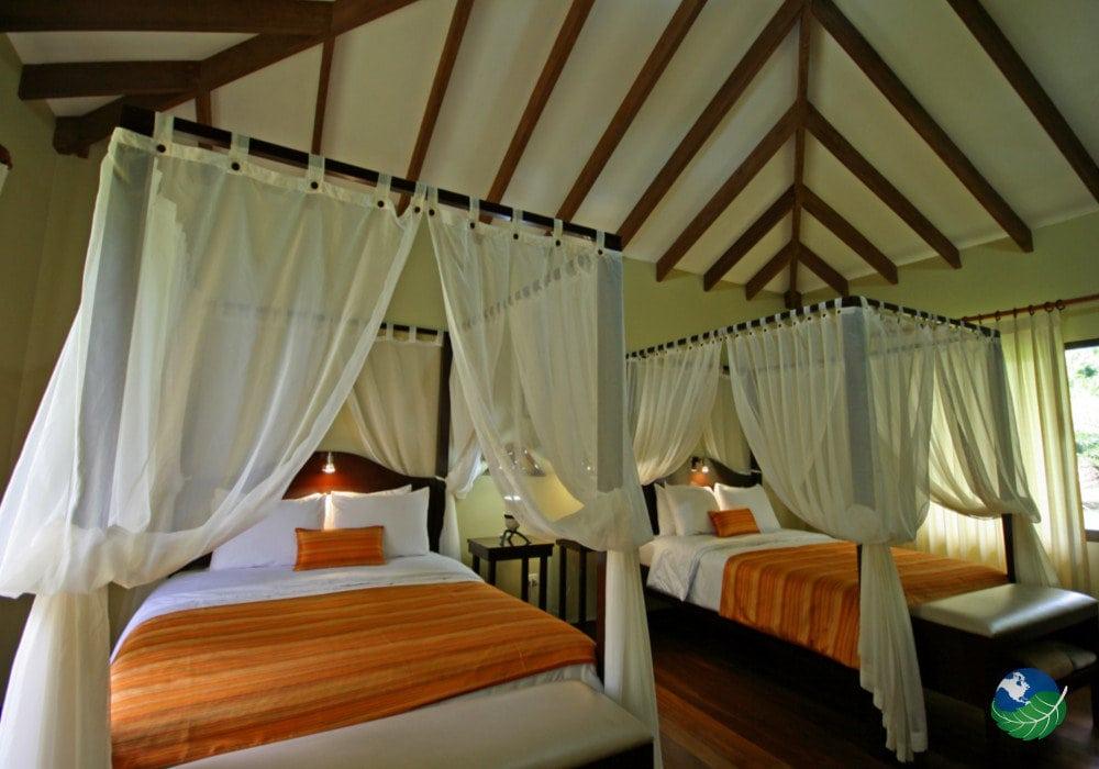 Hotel Manatus Bedroom
