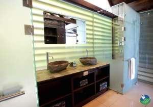 Oxygen Jungle Villas Bathroom