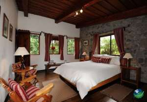 Poas Volcano Lodge Bedroom