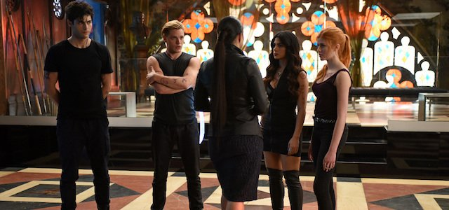 "SHADOWHUNTERS - ""Moo Shu To Go"" - Alec finds himself torn between duty and loyalty to Jace in ""Moo Shu to Go,"" an all-new episode of ""Shadowhunters,"" airing  Tuesday, February 9th at 9:00 – 10:00 p.m., EST/PST on Freeform, the new name for ABC Family. (Freeform/John Medland)