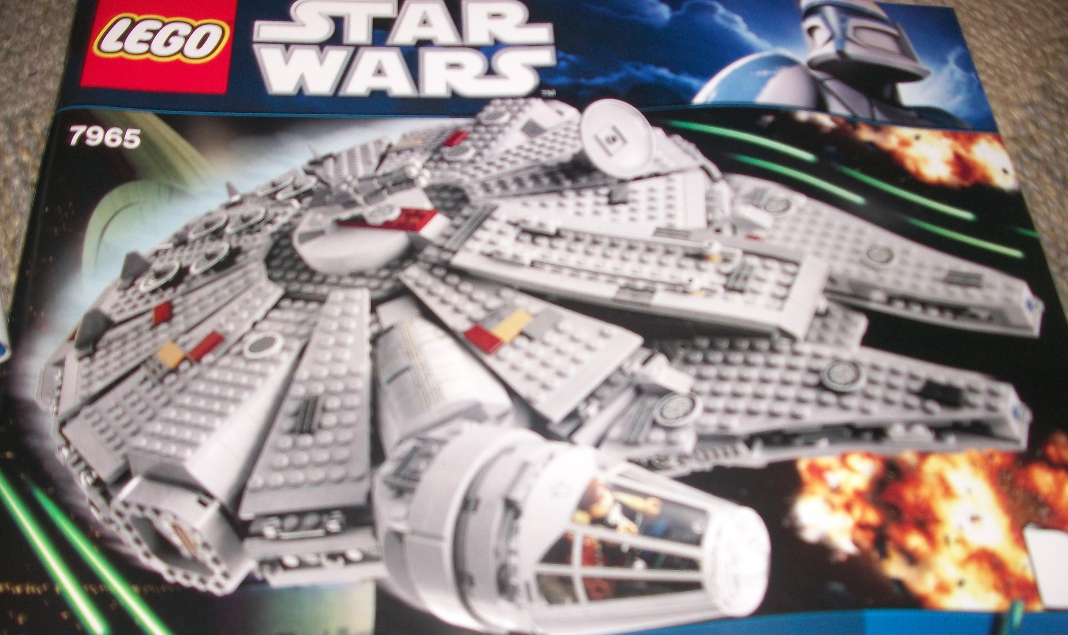 Star Wars LEGO Millennium Falcon 7965