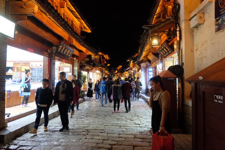 Drukte in  Lijiang