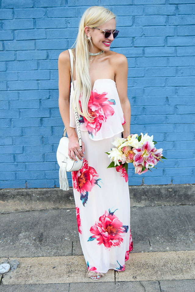 vandi-fair-blog-lauren-vandiver-dallas-texas-southern-fashion-blogger-nordstrom-way-in-strapless-popover-floral-maxi-dress-pink-dior-so-real-sunglasses-rose-10