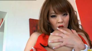 Hitomi tanaka metendo o dedo na buceta