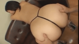 Japonesa da bunda grande se exibindo bem gostoso