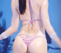 Japonesinha de biquini sendo fodida