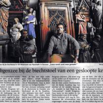 Screenshot artikel met foto Jan Rikken uit De Gelderlander (z.j.) over de inventaris van de kleine Eusebiuskerk bij Fluminalis, fluminalis.com | http://bit.ly/2eZRVrL