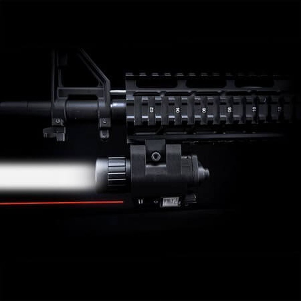 200 Lumen Red Laser With 200 Lumen Flashlight Vanos