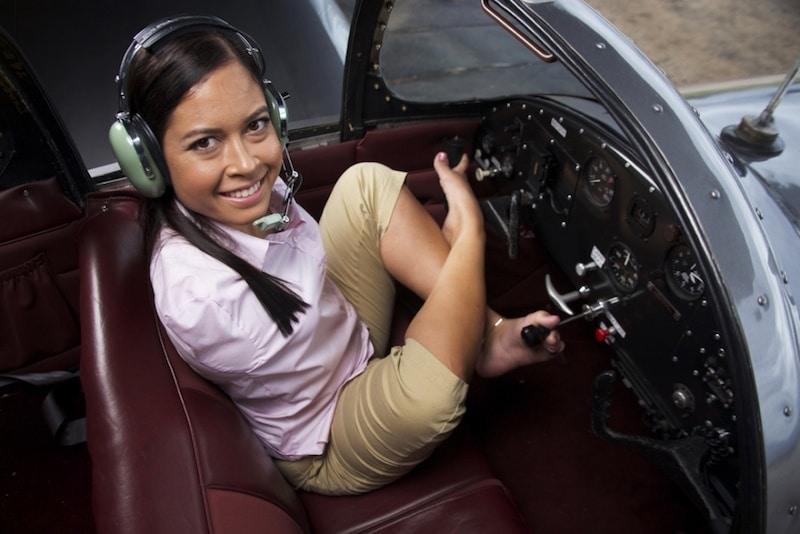 Jessica-Cox-Pilot cockpit
