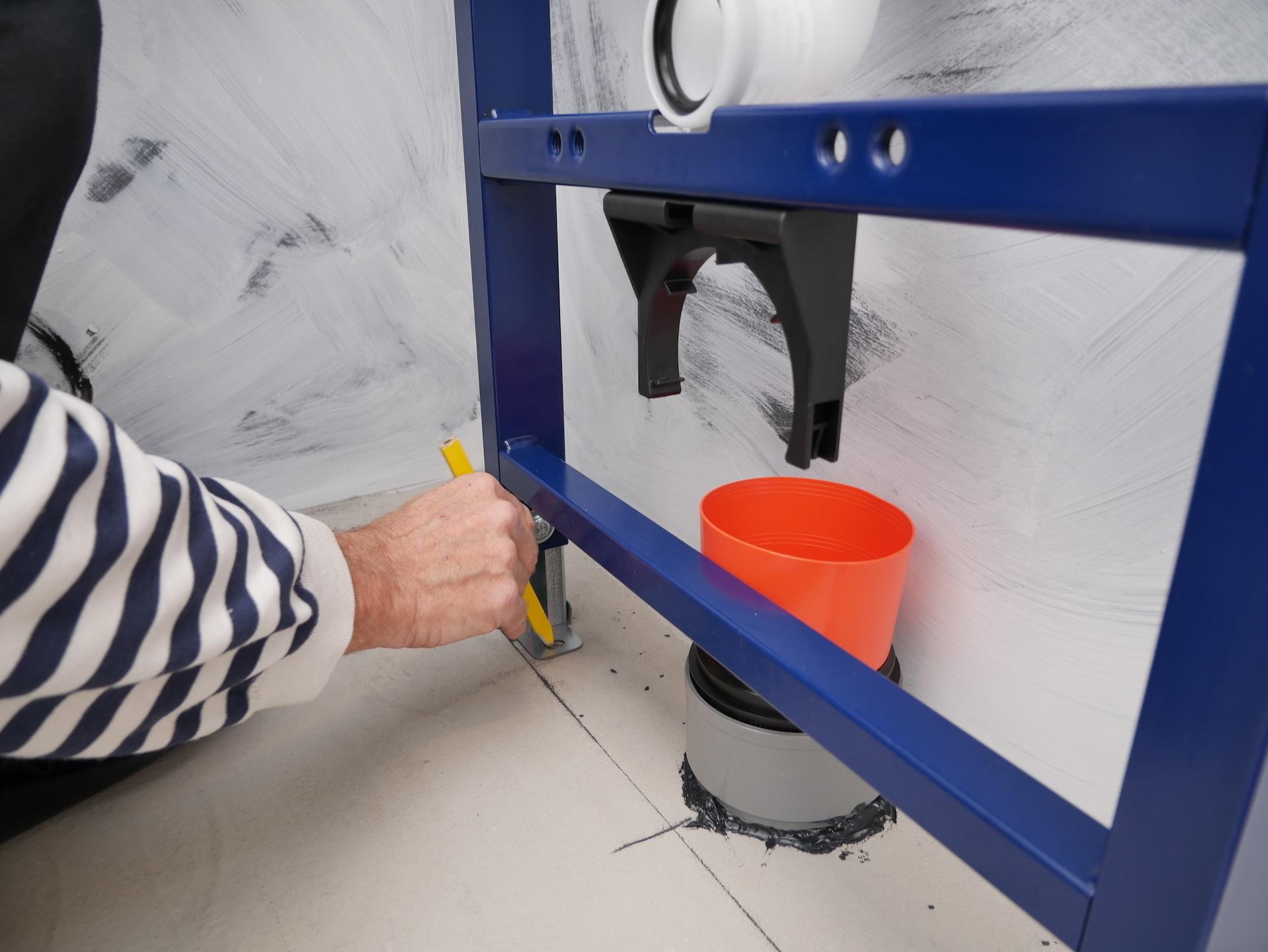 Praxis Toilet Fontein : Inbouwreservoir praxis badkamer van praxis zelf gezet
