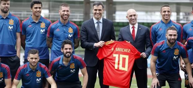 Pedro Sanchez Asistira A La Final De La Libertadores En El