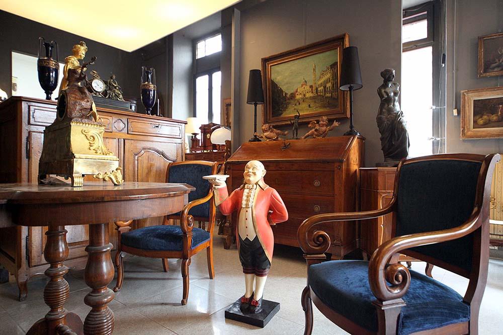 C v vecchi tempi restauro mobili antichi milano - Restauro mobili antichi milano ...