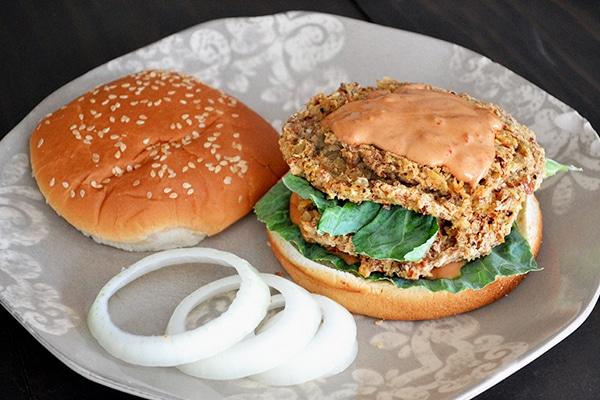Spicy Pinto & Potato Burgers w/ Vegan Chipotle Mayo ...