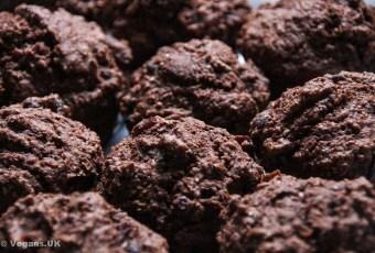 Ruby chocolate muffins