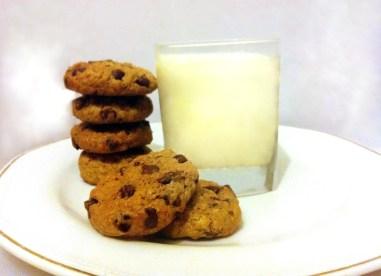 עוגיות שוקולד צ'יפס ושיבולת שועל מושלמות טבעוניות - מתכונים טבעוניים