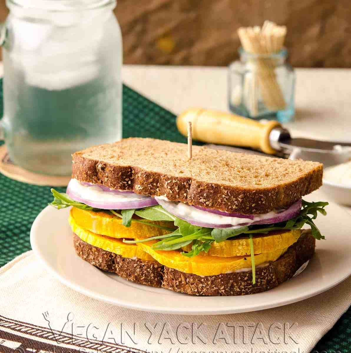 garlicky butternut squash sandwich