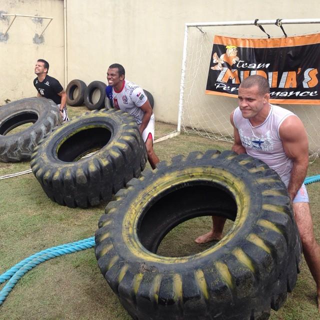 Império Fight - Patrick Brabão - treino físico - divulgação