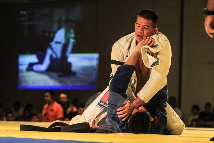 Gladiator Fight 2 - Victor Nascimento vs Hygor Brito - luta de jiu-jítsu - foto 1 - by Márcio Melo