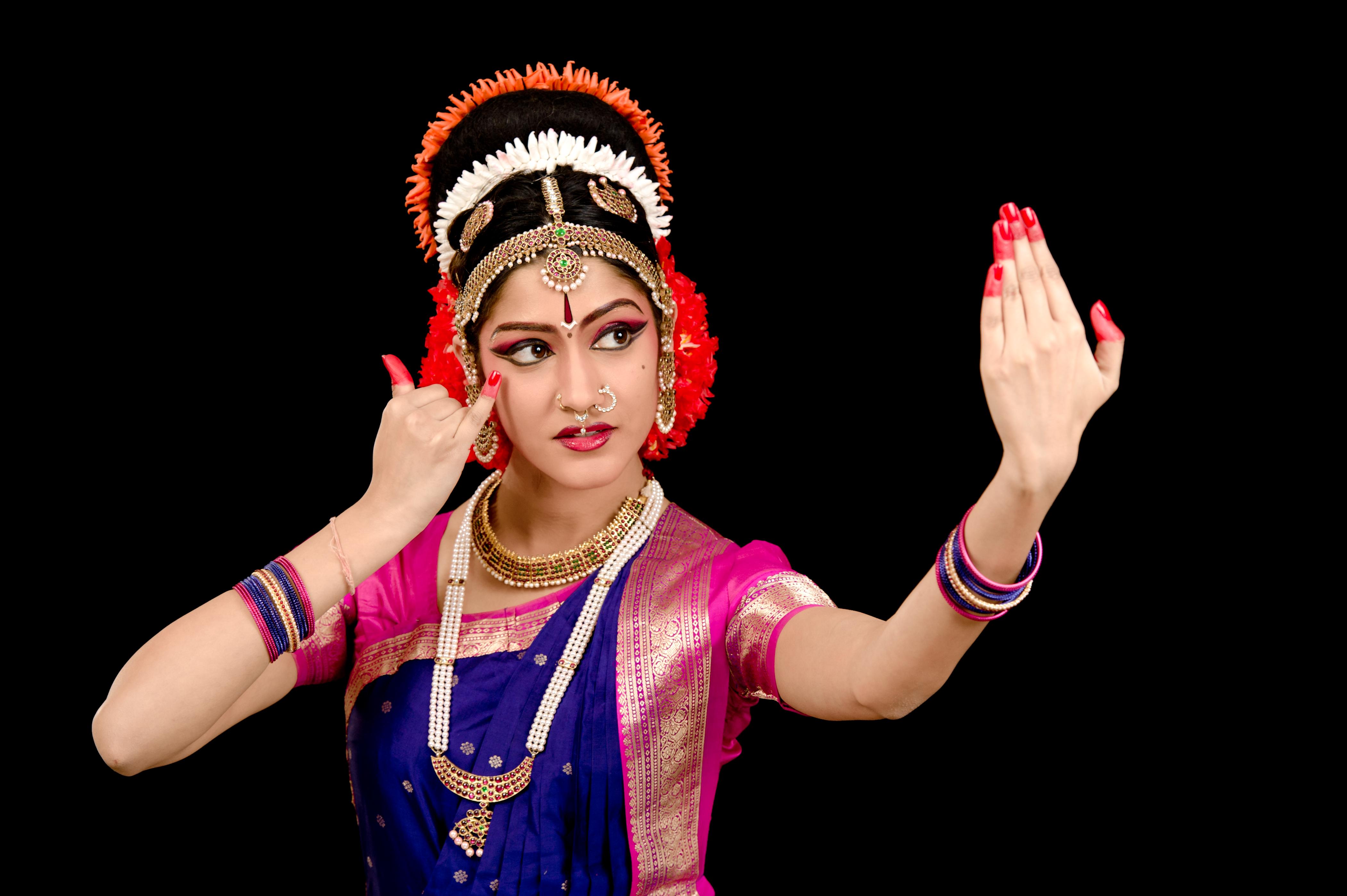 Indian Culture Wallpaper Hd Aneesha Amp Anuja From Kuchipudi Dance Academy Vemula