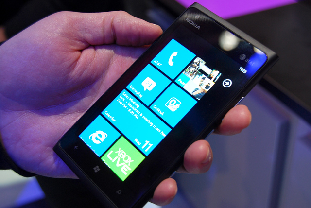 nokia-lumia-900-hands-on