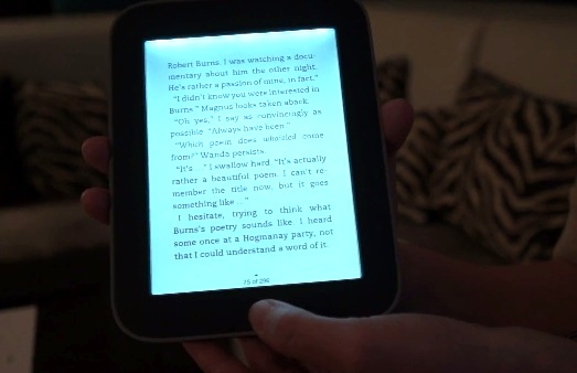Nook simple touch with GlowLight hands-on