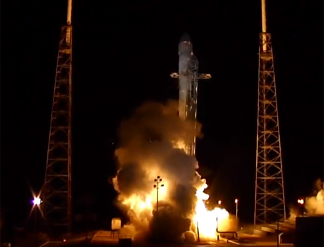 spacex-dragon-capsule-launch