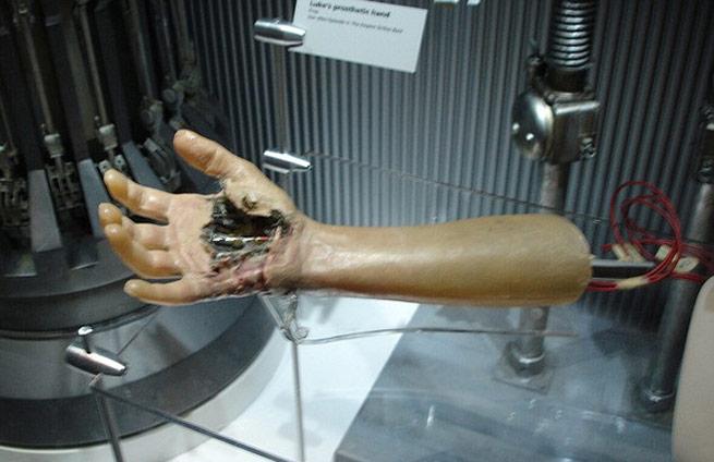 mechanical-hand
