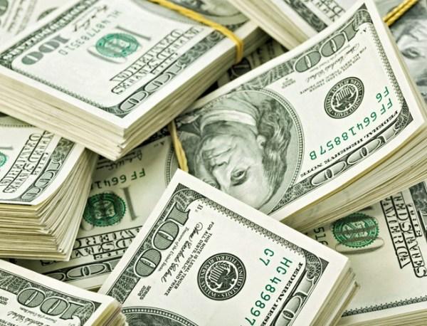 ss-money-pile-vc-deals