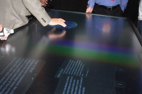 3M touchscreen table