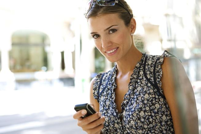 woman-phone-yousendit