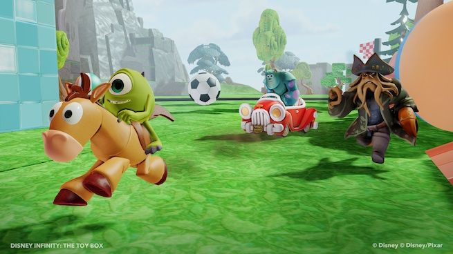 Disney Infinity: Mike, Sully, and Davy Jones in Toy Box mode