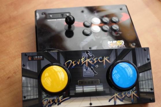 Divekick controller
