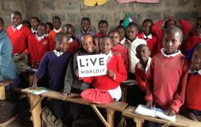 One of MoolaHoop's current campaigns is raising money to support a community in Kenya.