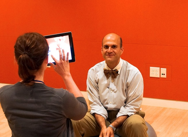 Former ONC head Farzad Mostashari working with entrepreneurs at the Center for Total Health