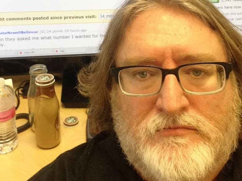 Gabe Newell  takes a selfie to prove it's really Gabe Newell posting on Reddit.